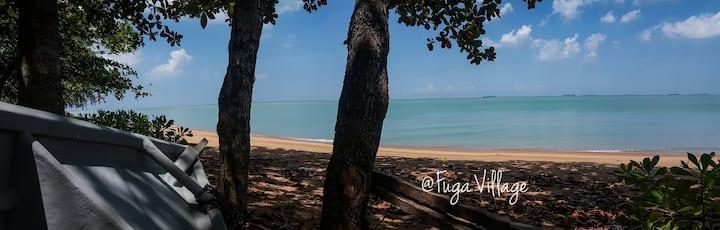 Seaside Getaway. Chalet. 🐳 @Fuga Village