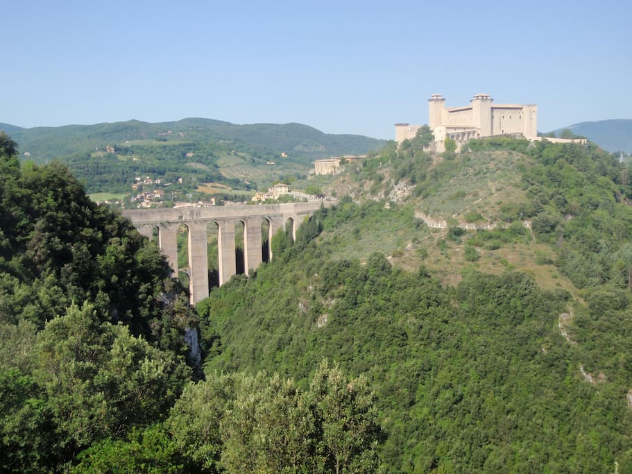 La Rocca - staggering view on the walk down to Spoleto