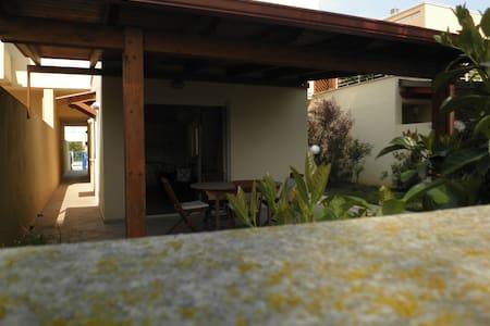 Abitazione indipendente a mare - Castellaneta - Villa