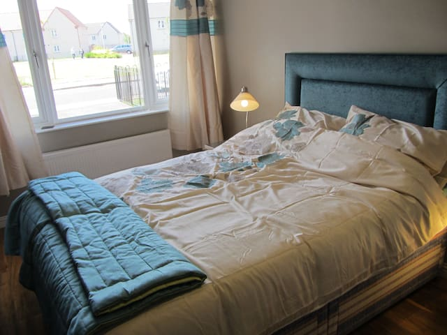 ENSUITE DOUBLE ROOM - OWN ENTRANCE - Prestonpans - Dom