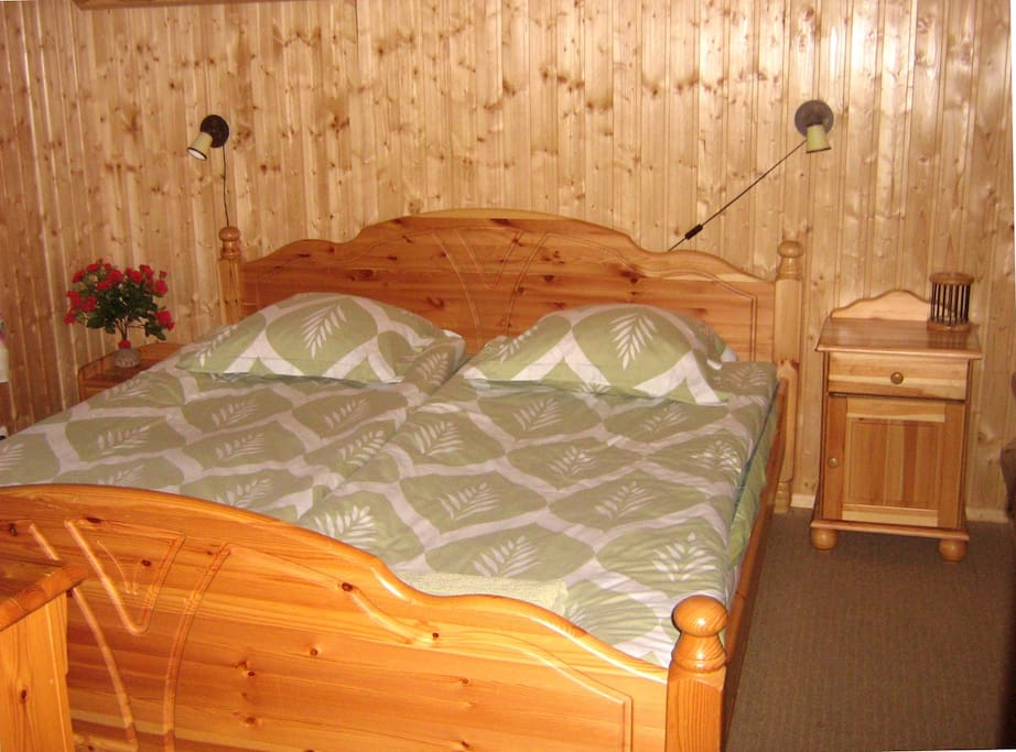 Bedroom with DBL bed