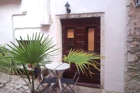 Guesthouse Alagic - Rovinj - Haus