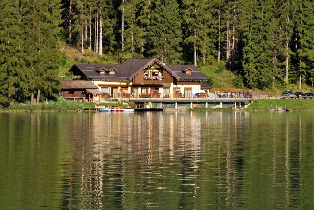 Chalet al lago in estate