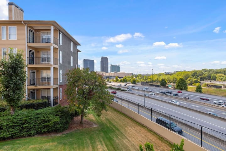 Heart of ATLANTA! Midtown 1BR Apt Balcony w/view