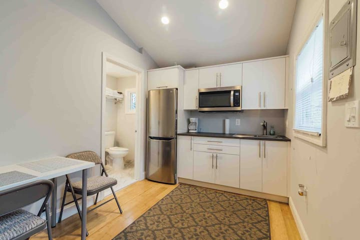 Sparkling Guesthouse in Ironbound, mins NYC, EWR