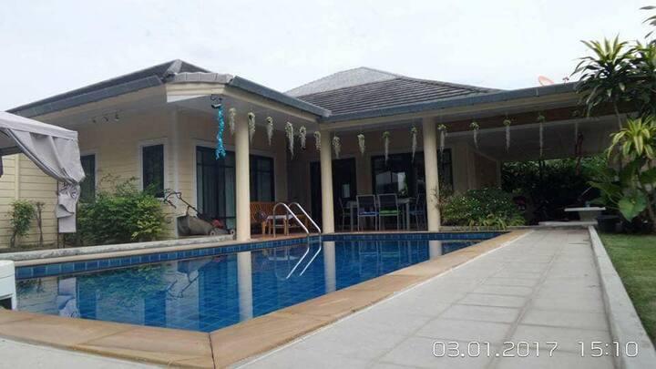 Villa 3 chambres avec piscine privee