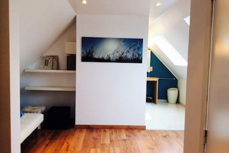 B&B LISDODDE # pure white # Room 3 - Brügge - Bed & Breakfast