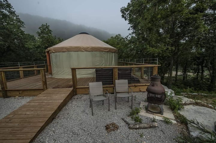 Aux  Arc Wilderness Cabins (Yurt)