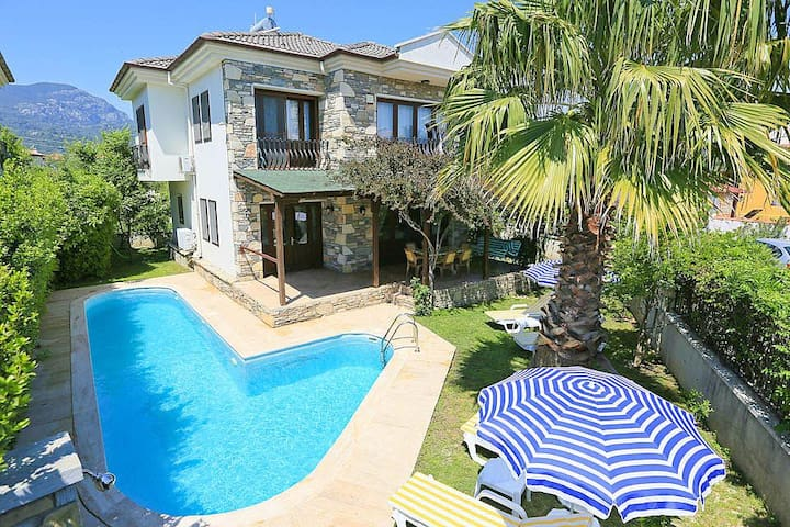 Private pool,6 people,internet - Dalyan - Villa