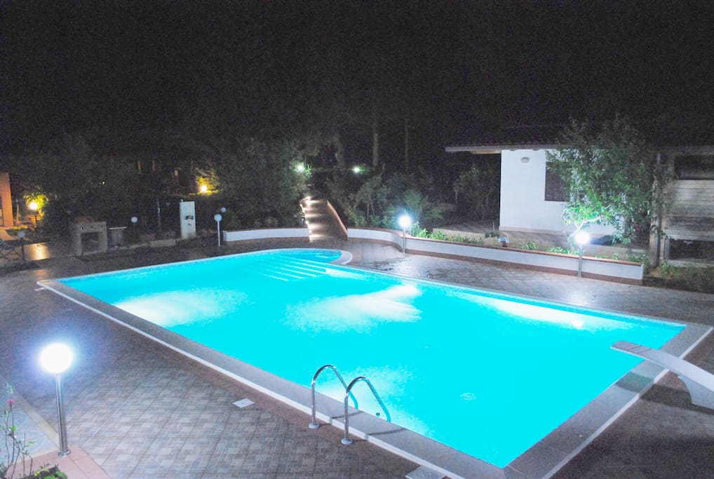 POOL SALT WATER, M. 12 X 6 M. , NO CHLORINE, NO CHEMICALS !