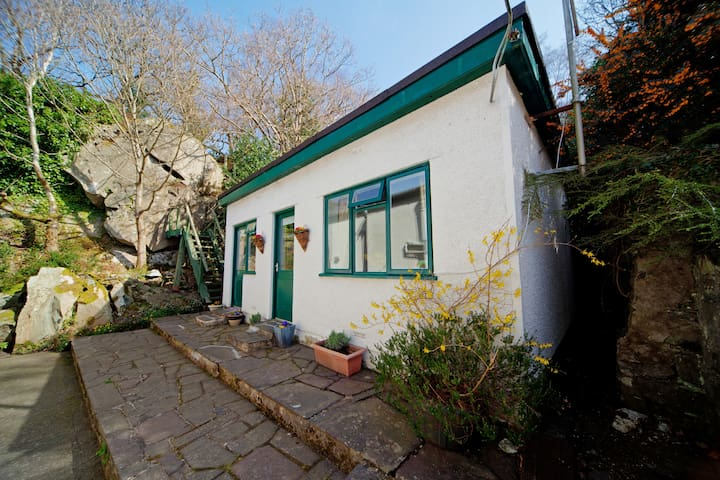 Secluded Woodland Retreat Snowdonia - Bethesda - Hus