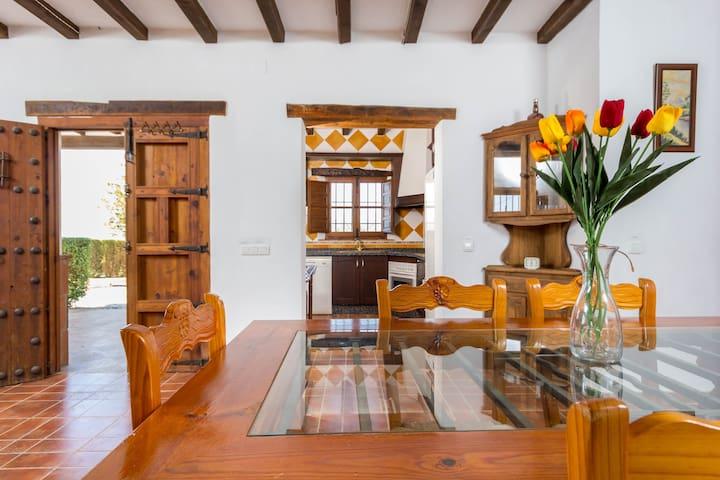 Bonita casa rural, Almáchar, Adrian - Benamargosa - House