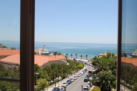 Charming Apartment in Estoril - เอสโตริล