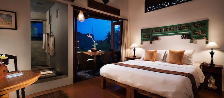 25% off Amrit Bed & Breakfast ( Mitir Room)