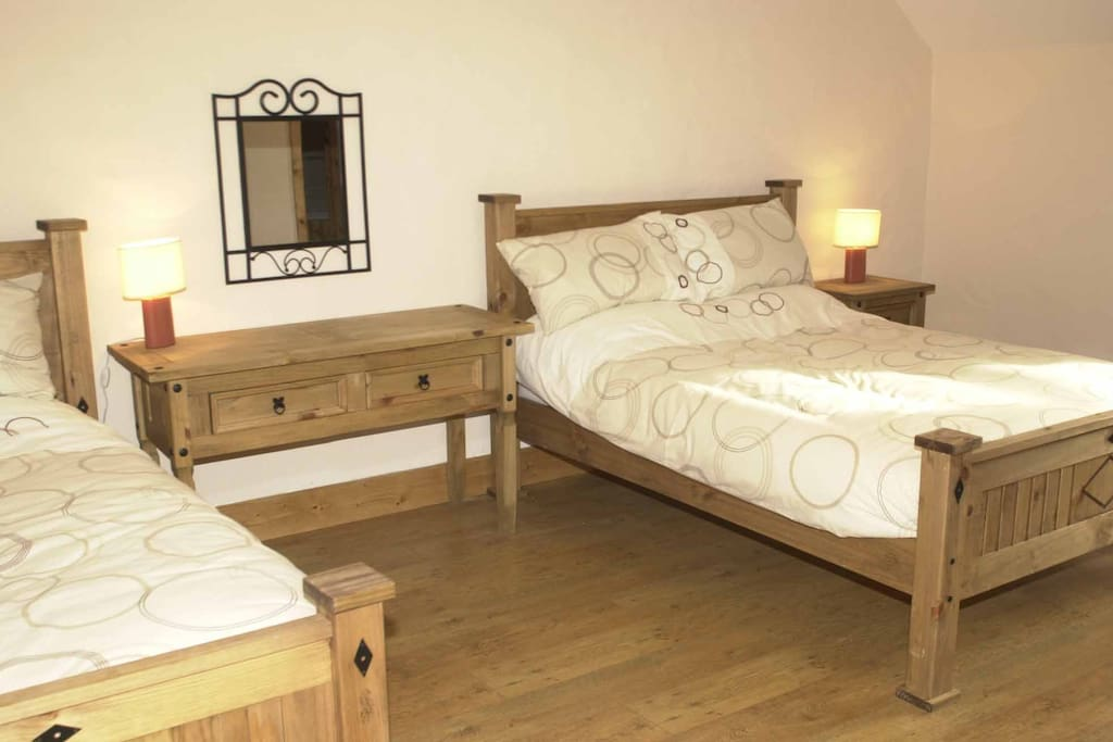 Upstairs spacious twin bedroom with ensuite