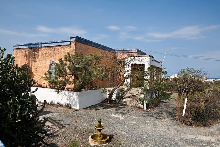 Villa Ludovica Ethnobotanical Garden