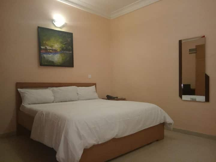 Allen Suites - Standard Room