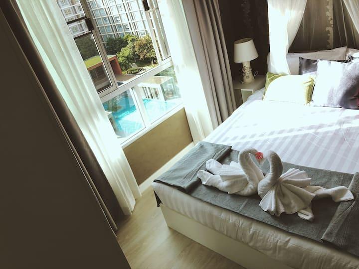 ✿✿ D Sign #Nice Pool View # 8 Floors #豪华公寓 ✿✿