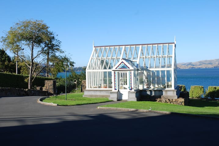 apartment for 6 with water views - Dunedin - Byt