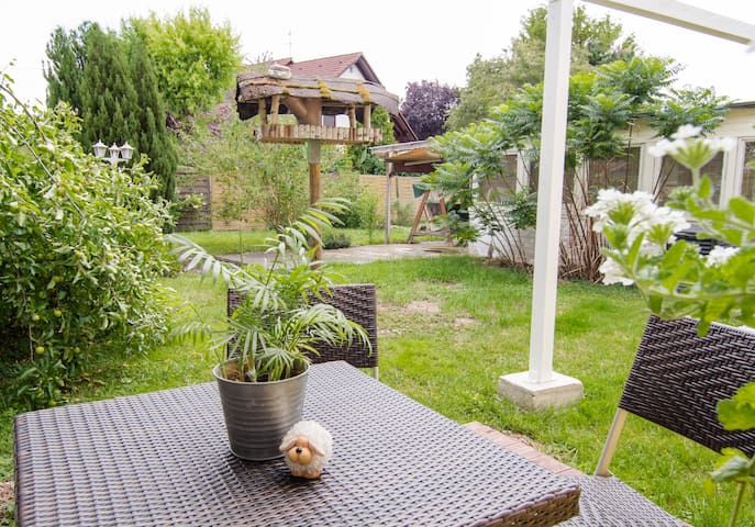 ***Gardenview Terrace - you can breakfast outdoor on a sunny day***