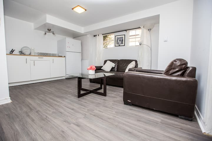 Sweet furnished appartment (train, bus , metro)