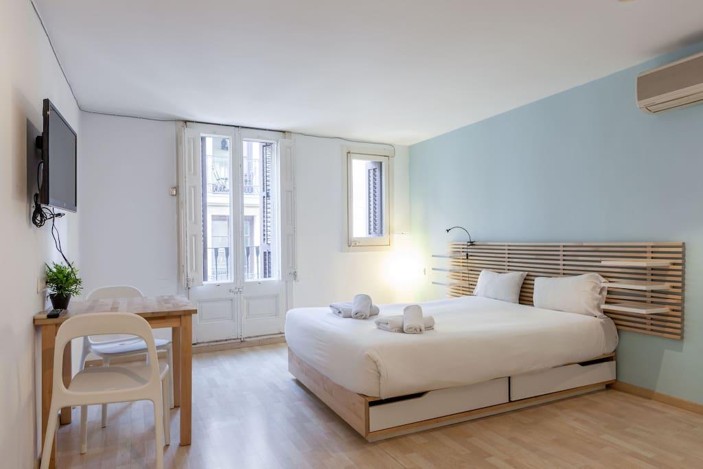 Apartment ramblas barcelona x2 appartamenti in affitto a for Affitti appartamenti barcellona spagna