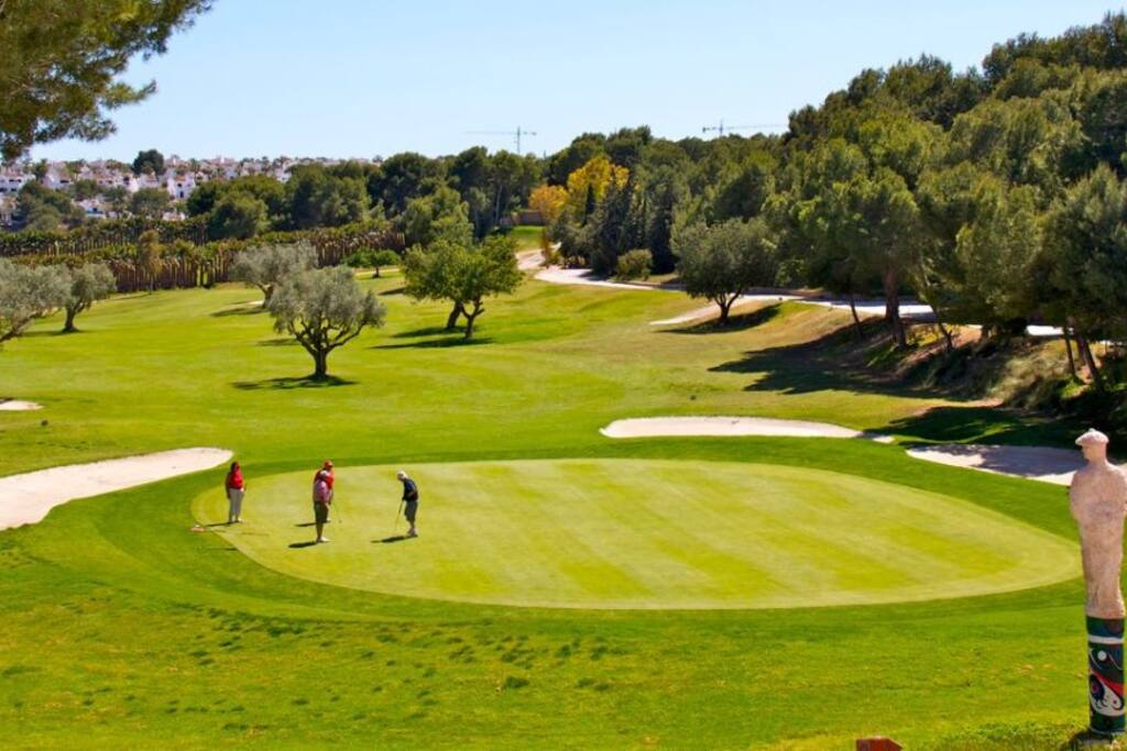 Villamartin Golf - only 5 minutes walk to this world class golf course