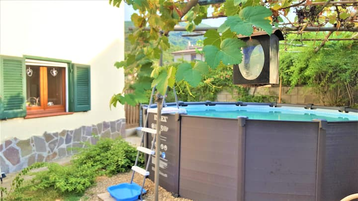 lovely little apartment with pool for two