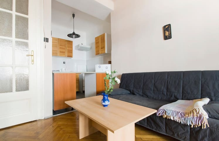 Balzac Apartment - Boedapest - Appartement