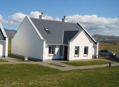 Dun an Oir cottage, Ballyferriter - Kerry