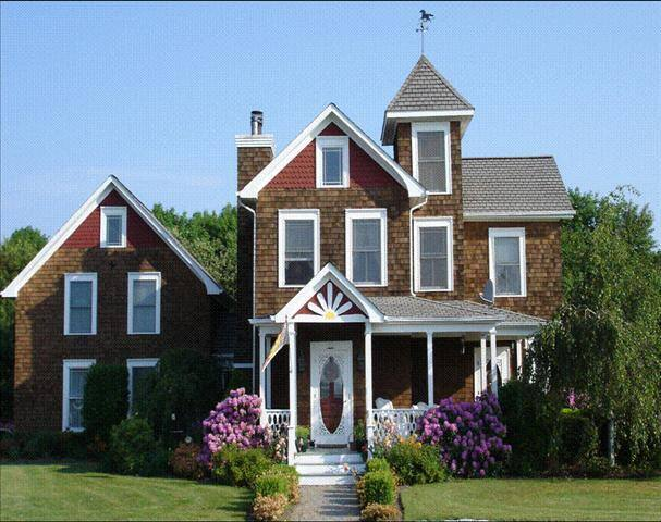 Victorian House Bed and Breakfast - East Moriches - Bed & Breakfast