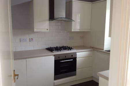3 bedroom house for rent westend  - Glasgow