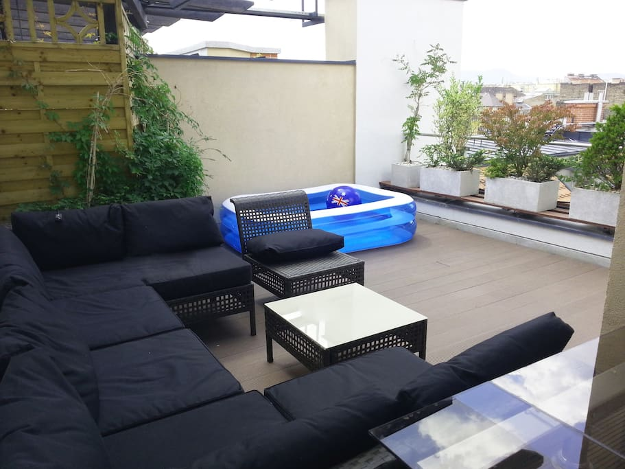Large roof terrace with great view!