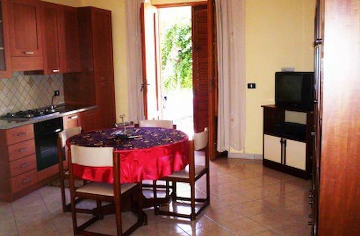 Casa Vacanze Montallegro - Montallegro - Departamento