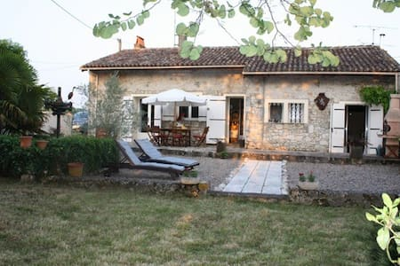 Charming 3 bedroom stone cottage - Duras
