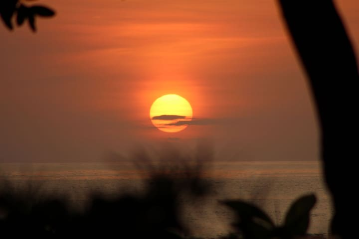 The Costa Rican sun awaits you!