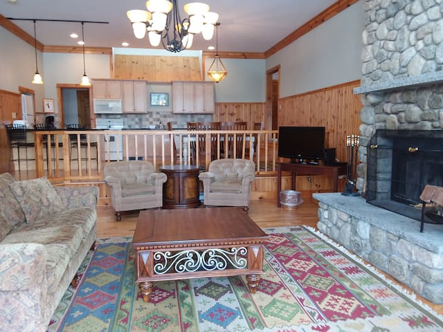 Lake Placid Club 2 Bedroom Condo