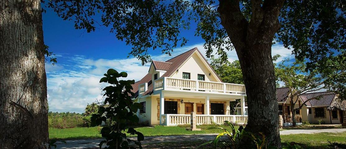 Premium romantic riverside cabin