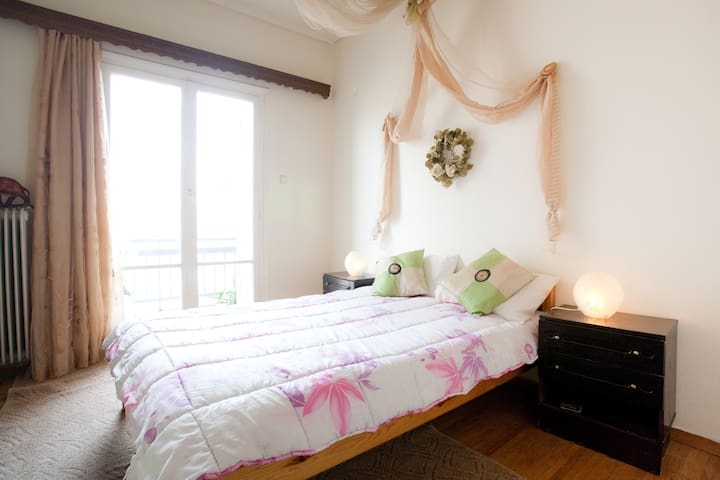 Your relaxing and cozy home in Ath  - Atenes - Pis