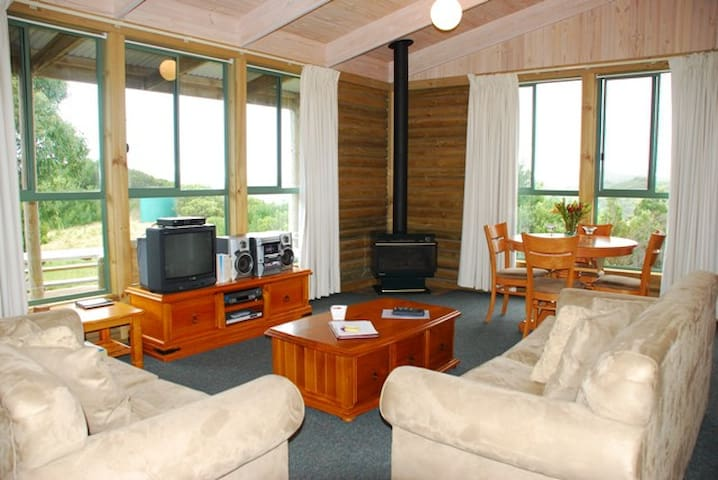 Panorama Cottage - Cape Otway - Cabin
