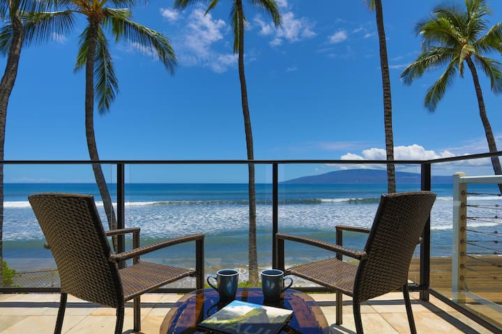 272-6  Puamana 2 Bedroom Oceanfront  Remodeled!!