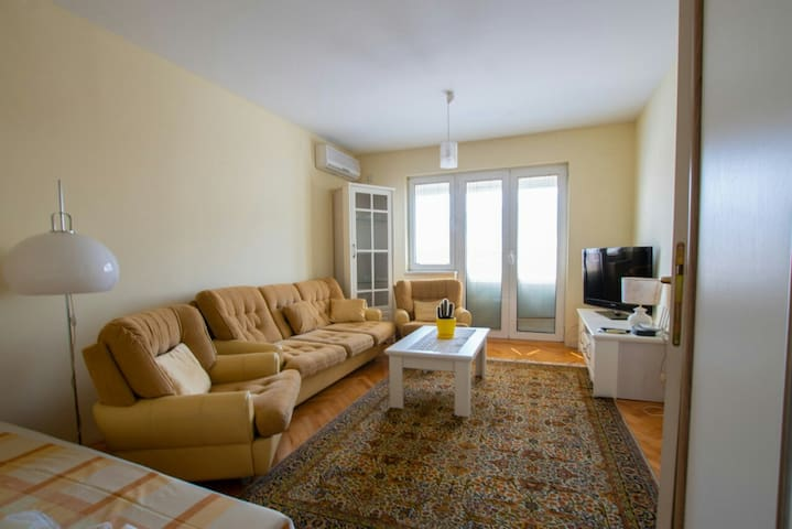 luxurious apartment in center Skopje main square