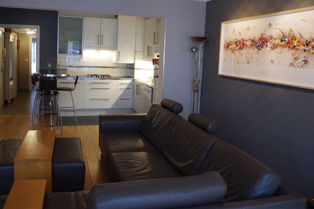 Salle de séjour-cuisine ouverte/Woonkamer-open keuken