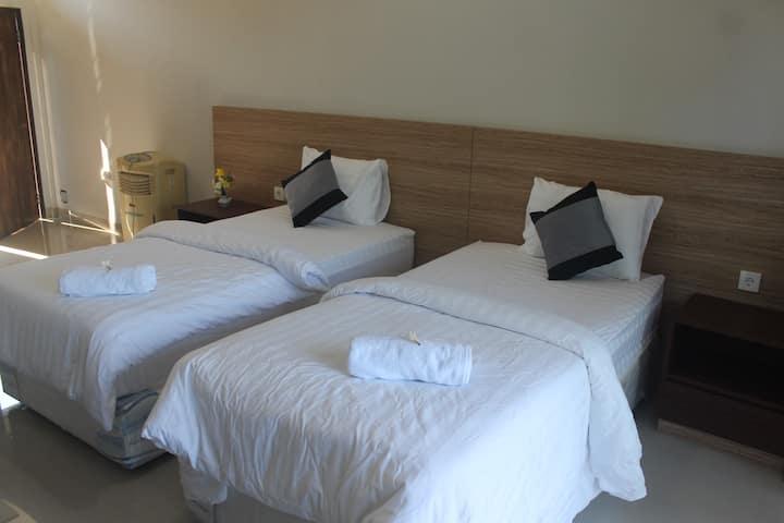Room 21 Twin Bed Mandhasativa Homestay