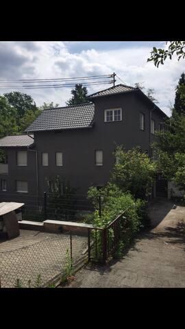 2-Zimmer Wohnung/ 2 bedroom apartment(4 beds)