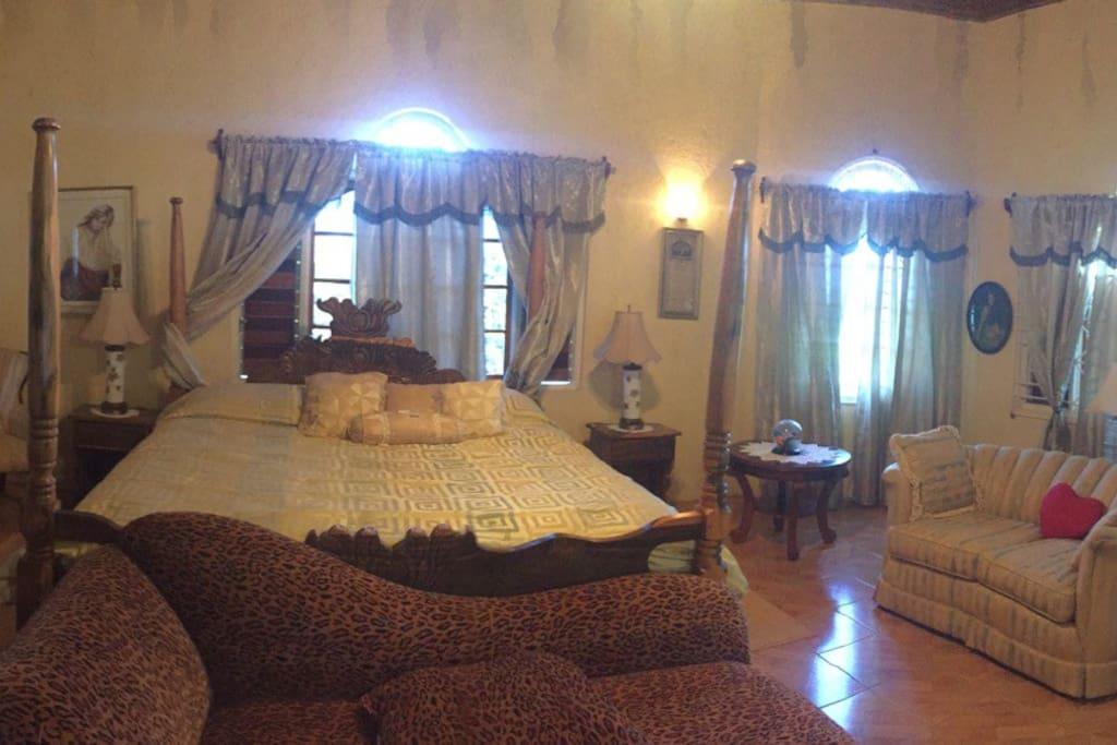 Honey moon suite room