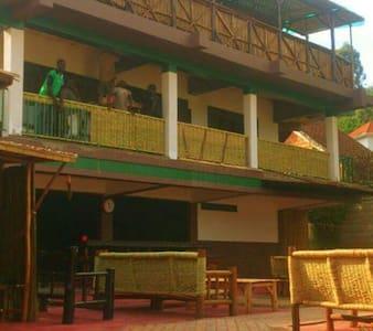 Cafe love beatifull gardens - Kampala