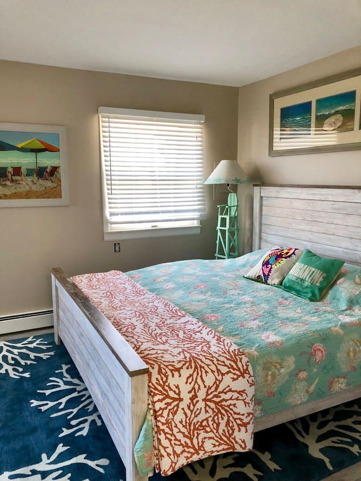 Excellent 2 BR Beach condo- Sleeps 6  2nd. Floor
