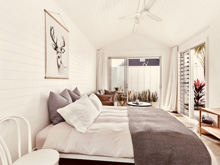 Jade  - Byron Bay Beach retreat