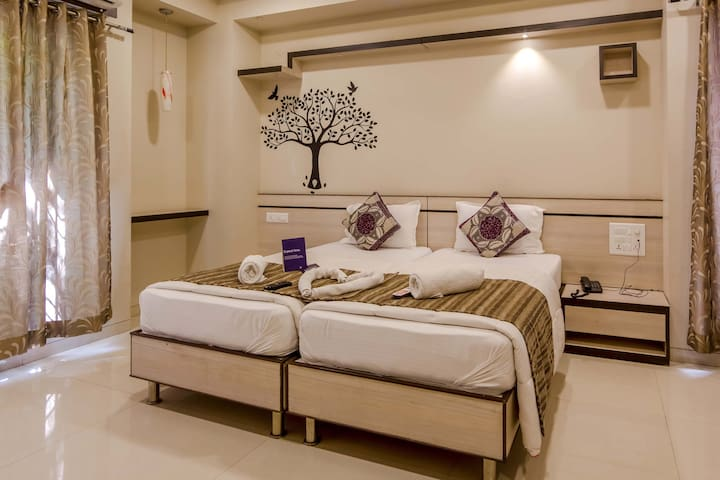 A Luxurios Room in Baner near KFC - Pune - House